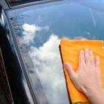 車のガラスの水垢の落とし方はこの4つ!簡単な予防対策!