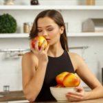りんごを食べ過ぎると起こる症状とは?1日に食べる量は?